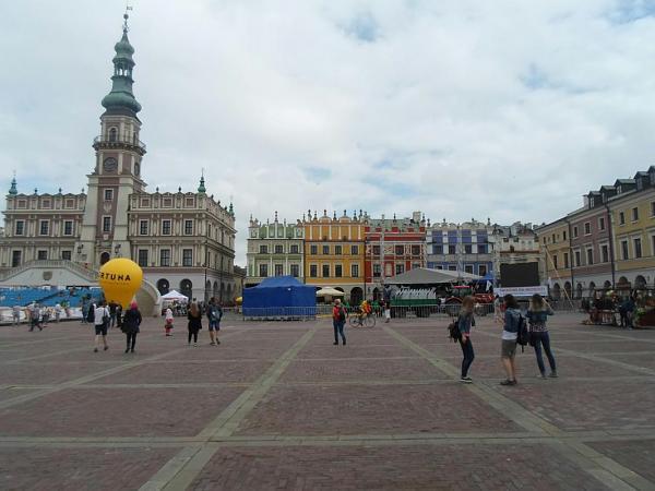 Нажмите на изображение для увеличения Название: Замосць - рыночная площадь.jpg Просмотров: 175 Размер:88.1 Кб ID:330